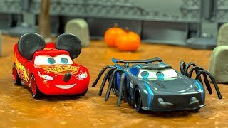 RACE CARS Series 2 Halloween 👻 w/ Jackson Storm Lightning McQueen Tow Mater Zombies STOP MOTION