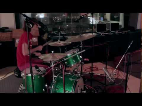 "MFTD #6: Deerhoof | ""Sexy but Sparkly"" 