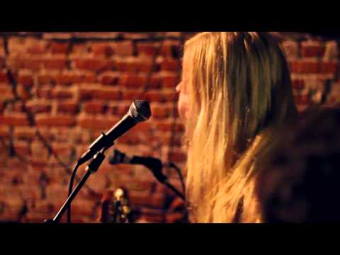 The Aquadolls - Long Hair Dont Care
