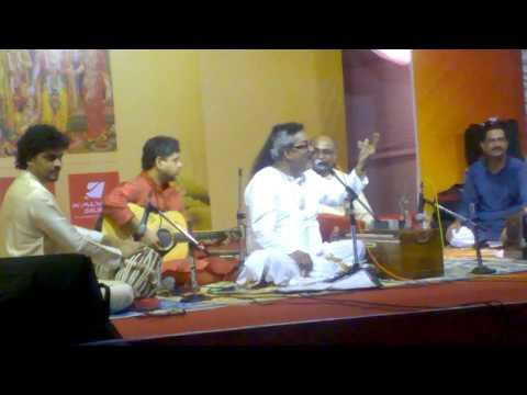 Krishna nee begane-Hariharan LIVE concert