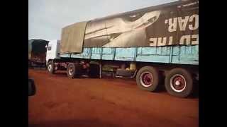 Des centaines de camions sénégalais bloqués au ferry de Farafegnni (Gambie)