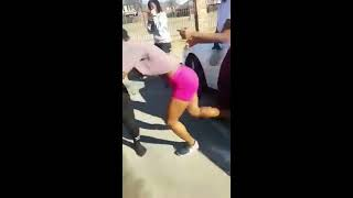 Cameroonian girls fighting in America