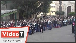 بالفيديو.. الفرحة تسيطر على الطالبات فى أول أيام الدراسة بمدرسة كلية رمسيس