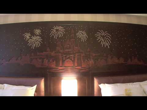 Disneyland Hotel - Room Remodel Tour