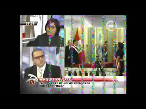 Ministra  de la Mujer Ana Jara compartiendo su fe a Beto Ortiz - 1