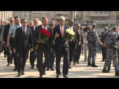 С.В.Лавров и Дж.Керри во французском посольстве/Sergey Lavrov and John Kerry at the French Embassy