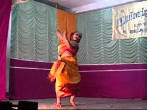 Chata Dhoro Hey Deora dance by Sahara.wmv