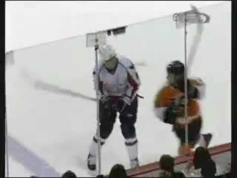 Philadelphia Flyers Dan Carcillo 1 Punch Knock out Matt Bradley Washington Capitals