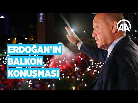 Cumhurbaşkanı Erdoğan, balkon konuşması yaptı