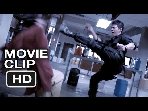 Invincibles et impitoyables, extrait de The Raid (2012)