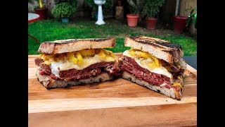 Corned Beef Sandwich Recipe for Lunch or Dinner