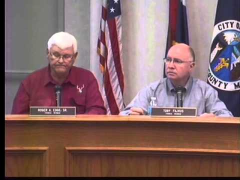 City council reviews budget before and after council meeting