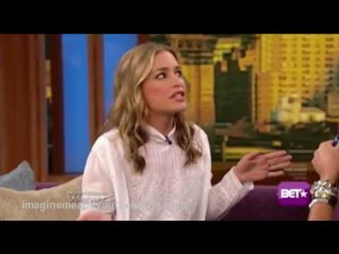 Piper Perabo interview 7-23-2013