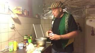 COOKING WITH PUCK : SPICY WONDERFUL RASTAMAN ITAL FOOD  -2015