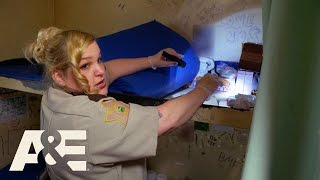 60 Days In: From Inmate to Officer - Smokes and Tattoos (Episode 7) | A&E