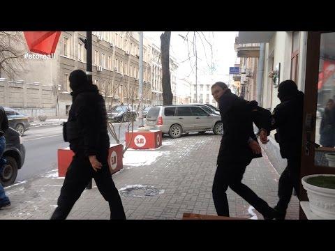 Неизвестный ворвался в офис Балашова #storeall