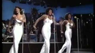 The Three Degrees - Givin' Up, Givin' In