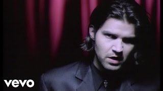 Watch Lloyd Cole No Blue Skies video