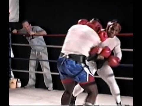 Mike Tyson - Knockout Slipping and Weaving - Rooney Watching Image 1