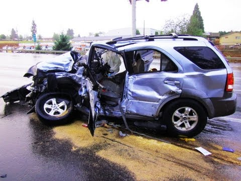 Russia Car Crash accidents compilation 2013.