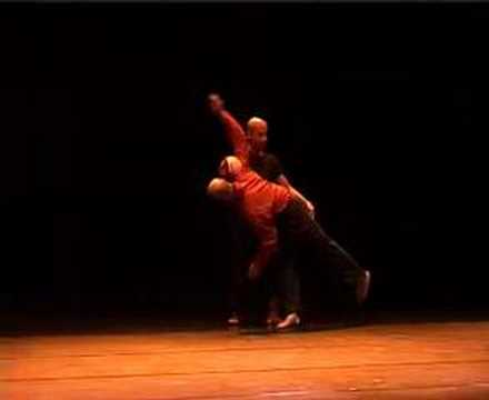 Contact improvisation in Italy Zipfestival RealTime track2