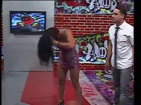 AN Liza Fernandez y Mirna Pereira bailando en el programa