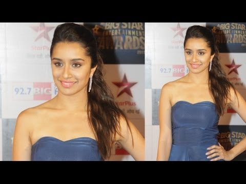Shraddha Kapoor @ Big Star Entertainment Awards 2013 !