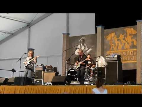 sonny landreth jazz fest 2011.MOV