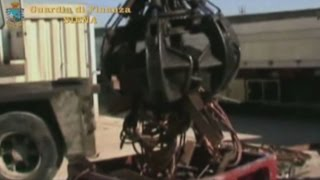 """Operazione """"Oro rosso"""", scoperte fatture false per 4,5 milioni di euro in Valdelsa. Otto denunciati"""