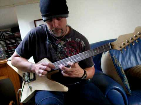 EVH Charvel Star Project: Eruption tapping