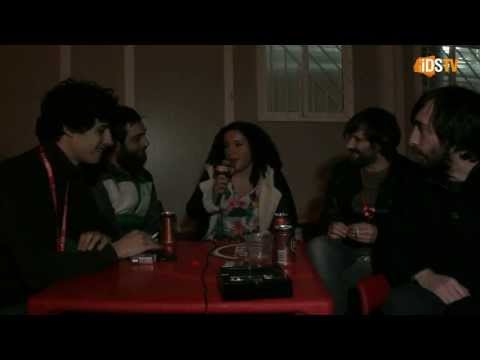 Entrevista Sensible Soccers no Warm Up Paredes de Coura @ imagemdosom.pt