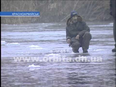 зимния рыбалка в улово