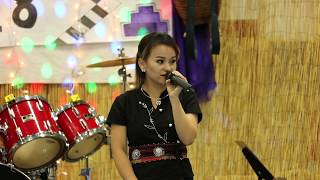 eau claire wi hmong new year 2018 singer