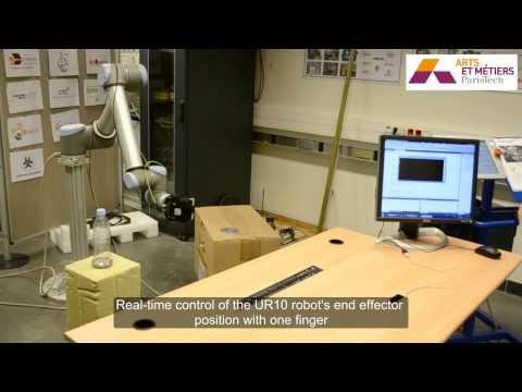 Leap Motion control a UR10 robot and a 3-Finger Robot Gripper