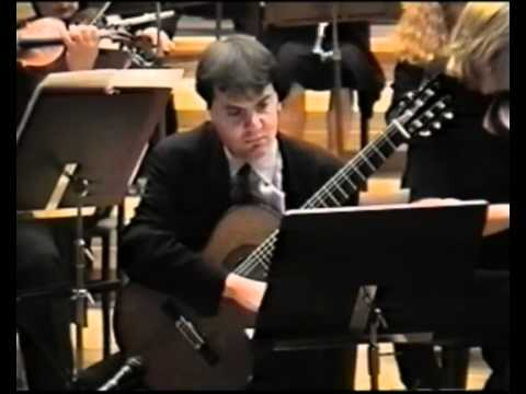 Carlo Marchione plays Concerto for guitar and orchestra op. 77 (I)