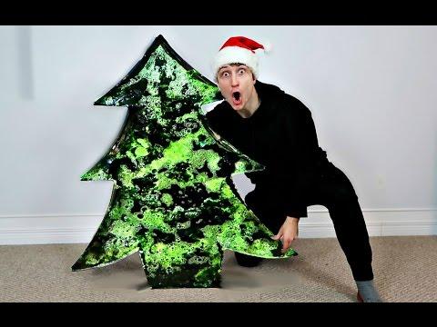 DIY GIANT GUMMY CHRISTMAS TREE (WORLD RECORD 200+ LBS)