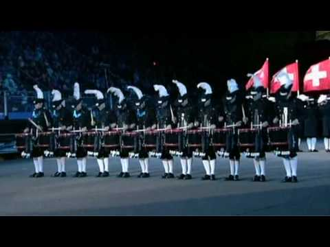 Top Secret Drum Corps Edinburgh Military Tattoo 2009 klip izle