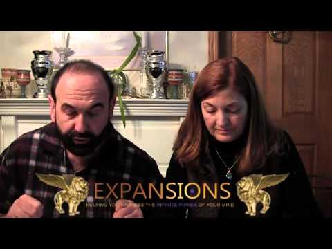 "Expansions News - Oregon Standoff, ""Ancient Alien"" Cell Phone, Snail On Pluto"