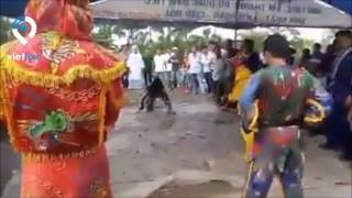 Cận cảnh đám ma kỳ lạ bậc nhất ở Cà Mau
