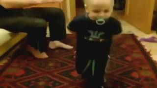 Приколы детей за столом Смешное видео с детьми 2015