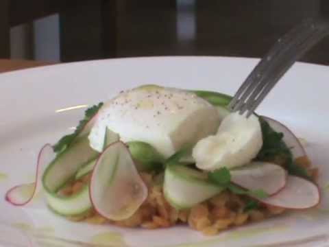 Sous-vide poached eggs