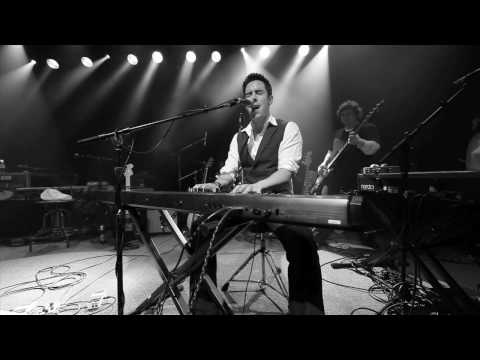 Eoin Harrington - &quot;Don't Get Me Wrong&quot;  Live From The Independent in San Francisco