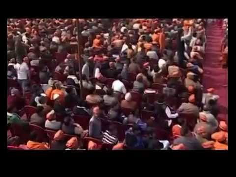 Narendra Modi's Dalit Card to win 2014 elections