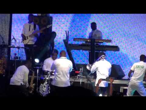 Sonnie Badu 2014(emela)kumasi Worship With Sonnie Badu Live At Baba Yara Sports Stadium video