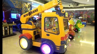 ABCkidTV Misa with Little Boy Playing Indoor playground family fun at play center