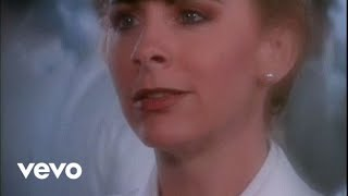 Reba McEntire The Heart Won't Lie