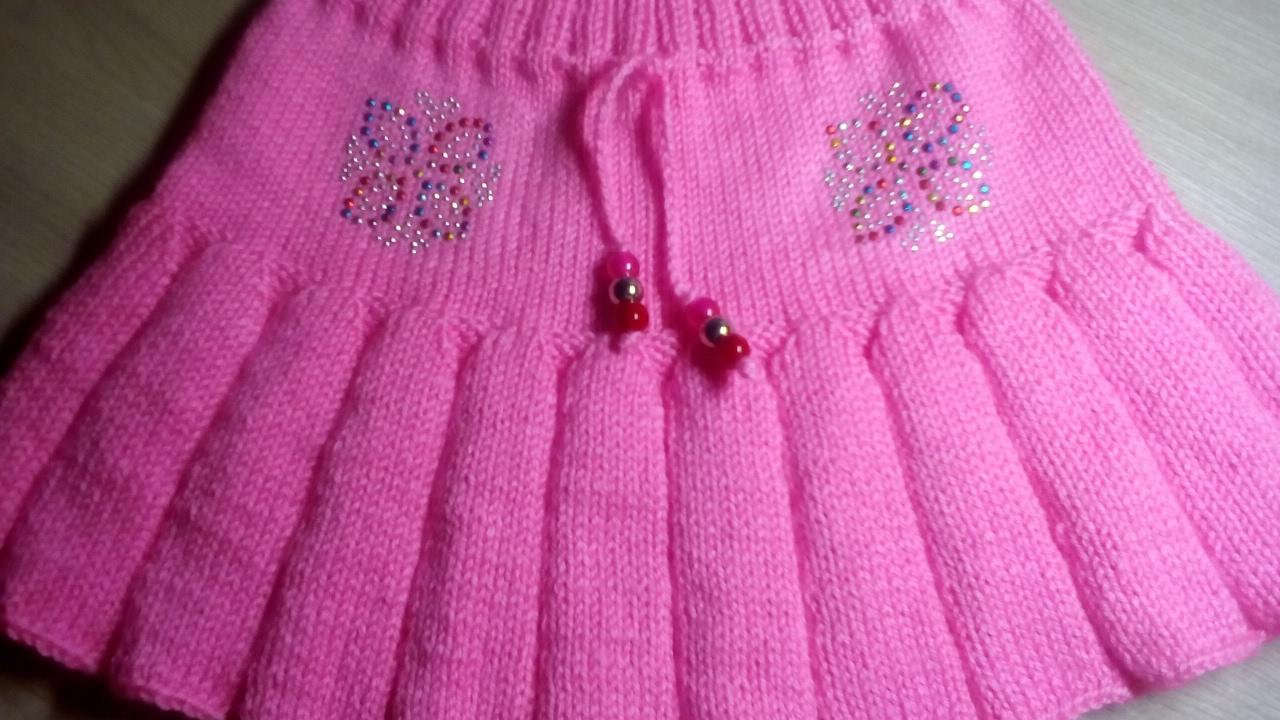 Вяжем на спицах плиссированную юбочку для девочки 3-5 лет 98