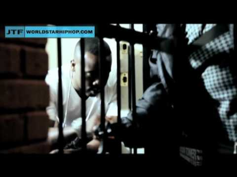 Video Yo Gotti Standing In The Kitchen (official video)