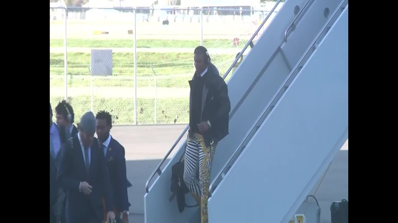 Panthers arrive on the west coast for Super Bowl
