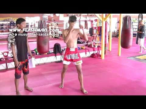 Muay Thai - How to do a Straight Knee Strike - เข่าตรง Image 1